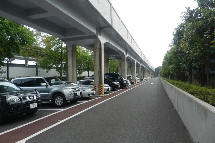 総合公園駐車場