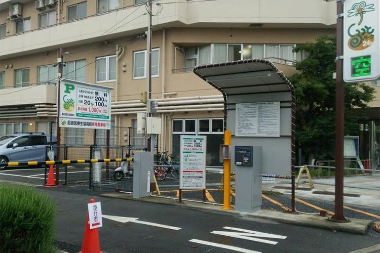 病院駐車場